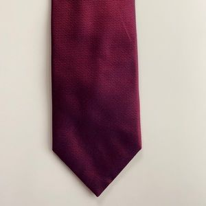 Kenneth Cole Reaction Red Navy Purple Silk Tie